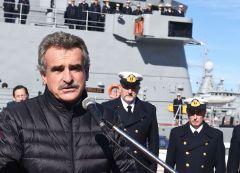 """""""Nuestro homenaje hacia ellos es mantener vivo no el recuerdo de Malvinas sino la causa Malvinas"""", dijo el ministro Rossi."""