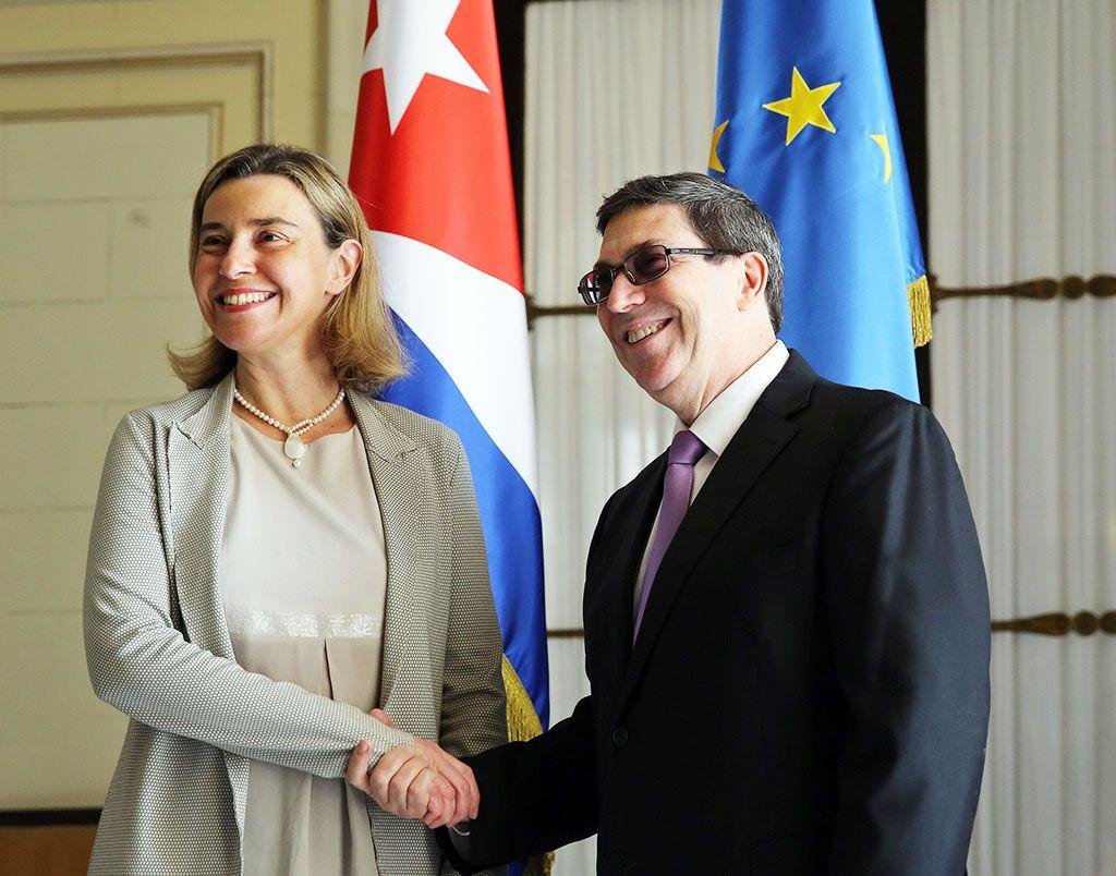 federica-mogherini-y-el-canciller-cubano-bruno-rodriguez.jpg