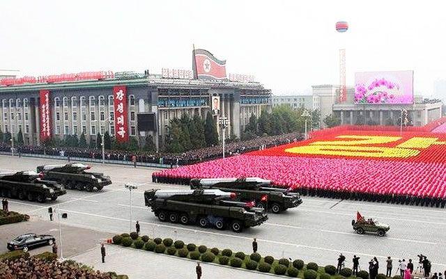 """La operación fallida coincide con el gran desfile del """"Día del Sol"""" que Pyongyang celebró el nacimiento de Kim Il-sung abuelo del actual dirigente Kim Jong-un"""