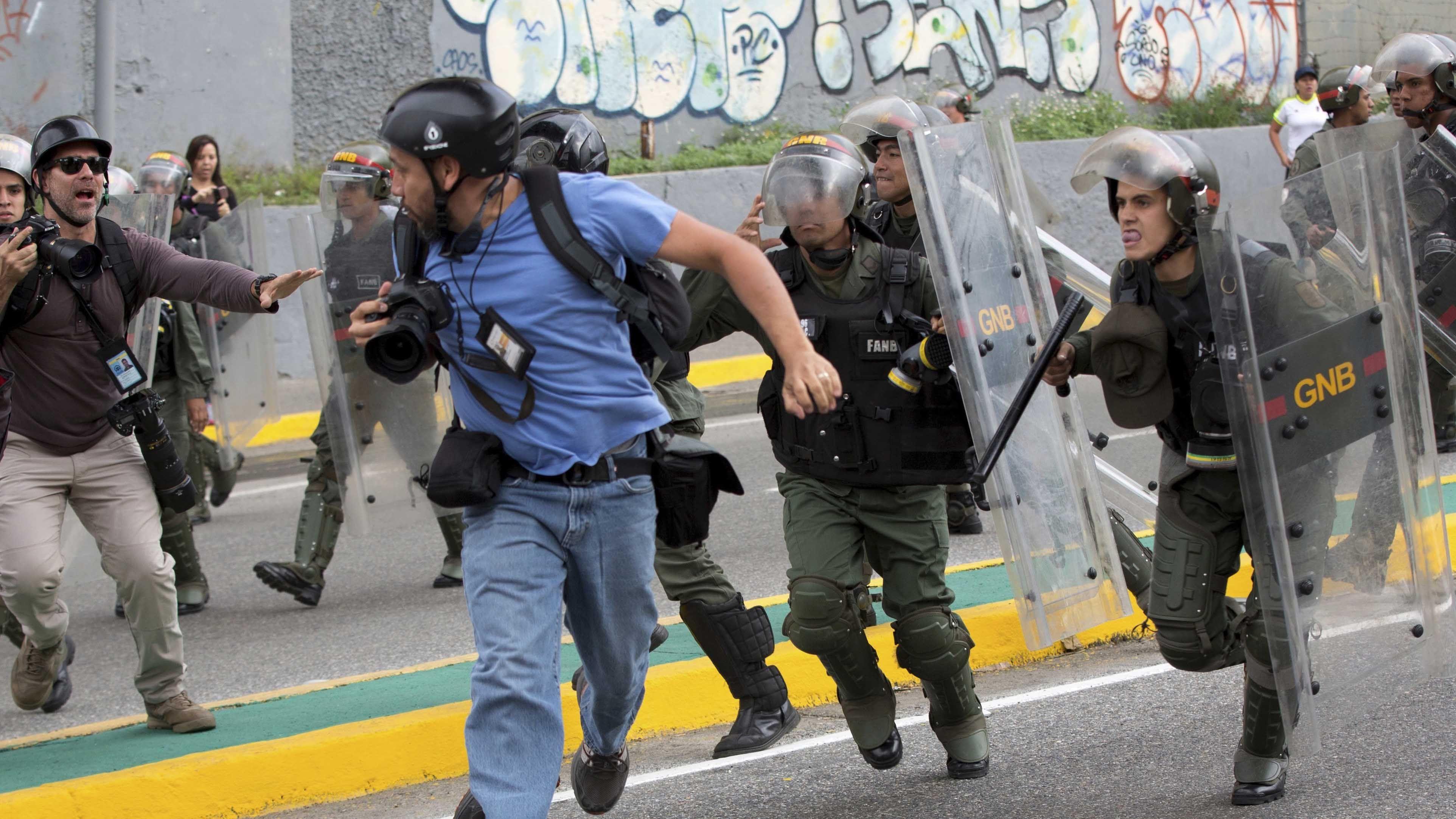 Cierran 69 medios y suben agresiones en Venezuela