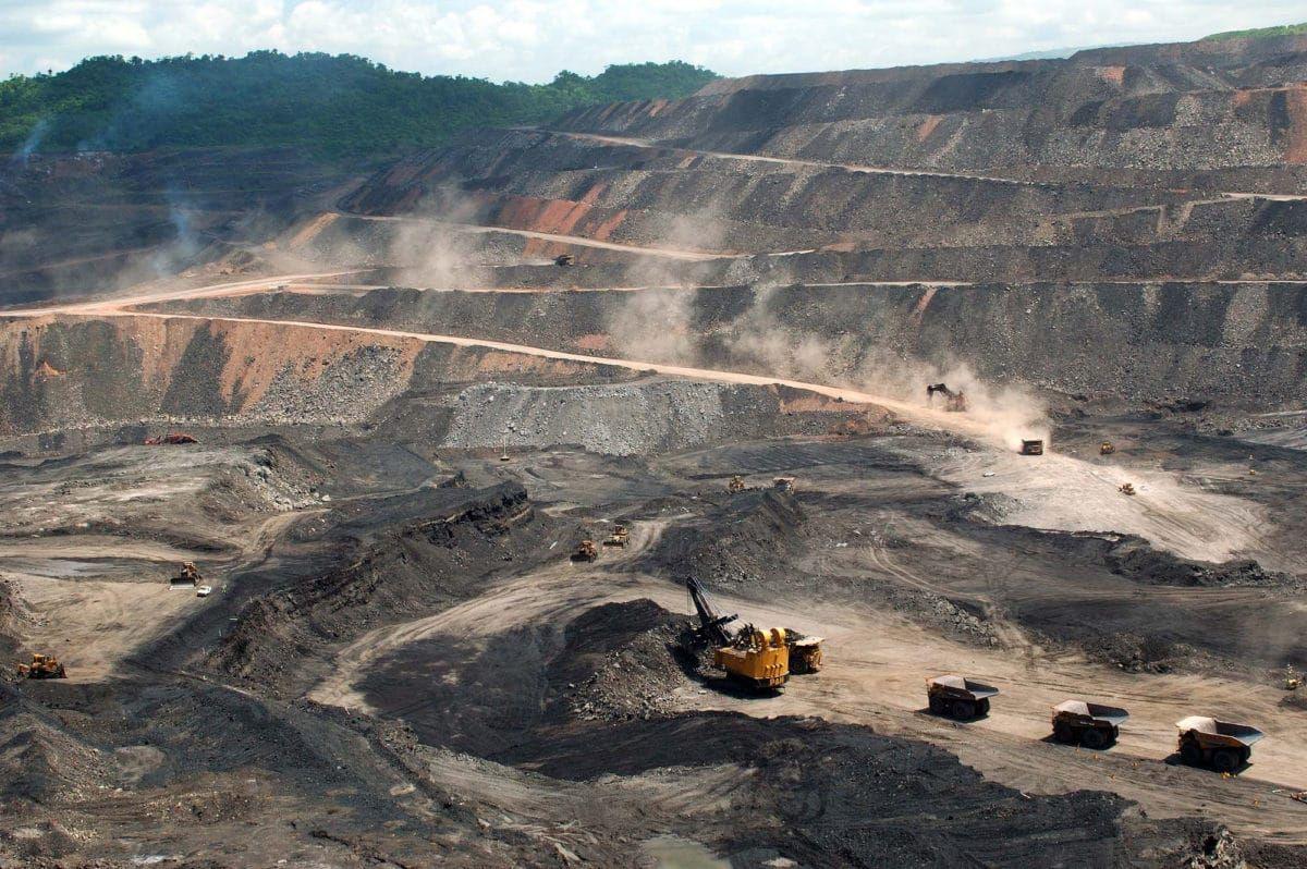 """""""Nuestros Estados están favoreciendo a las empresas chinas, a las que se está entregando la soberanía de nuestro patrimonio natura"""", afirma Chocaiza."""