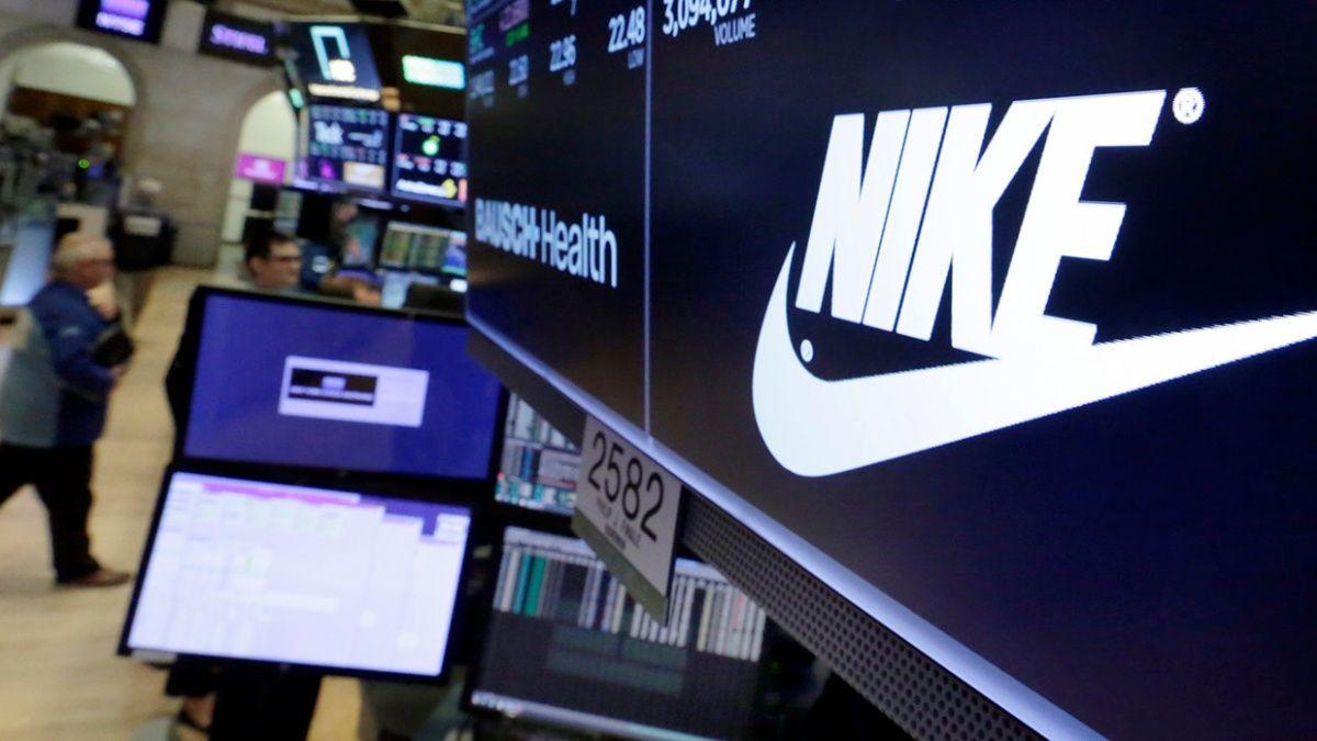 Cadera esponja Eso  Comisión Europea multa a Nike por restricciones unilaterales al marketing  de clubes de fútbol — MercoPress