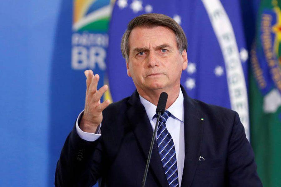 Desaprobación de Bolsonaro y evaluación negativa del gobierno aumentan durante la pandemia